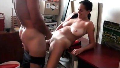 Dad Fucks My Slutty Mom mit Saggy Tits