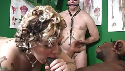 Dominant Candy Monroe wants to please her black friend while other watches