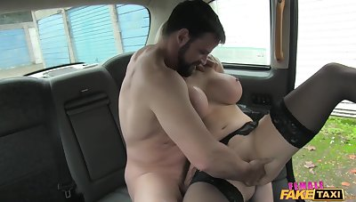 Staff King fucked the sexiest taxi driver Rebecca More