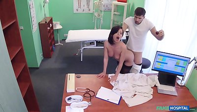 Black-hearted doctor helps staggering Vicky Love fuck the long broadly