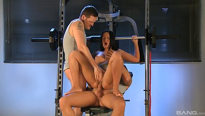 Naughty wife Angelica Heart loves to regard emulate penetrated during 3-way