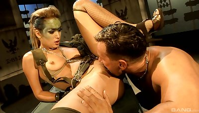 MILF screams of lust with rub-down the biggest inches ripping her unused cunt