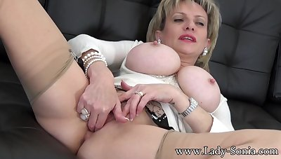 Aunt Lady Sonia convention a special video solo for you