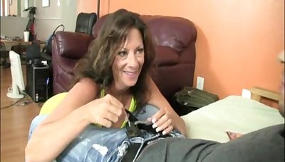 Amateur mature Margo loves to be on her knees milking a cock