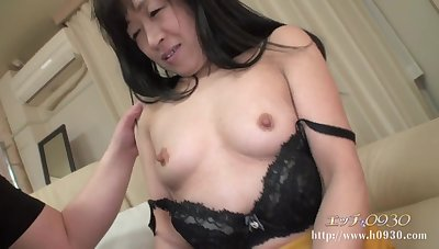 Hairy Asian GILF hot Amateur Porn