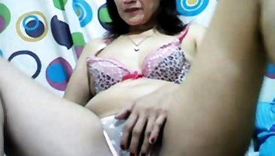hot descendant X granny Asian