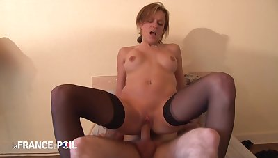 French Woman And A Inviting Guy Who Isnt Her Husband Are Having Sex In A Hotel Square footage