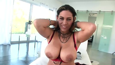 Stud joins busty diva in time to lick her juicy breasts