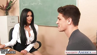 Roasting gloominess MILF tutor Jaclyn Taylor loves giving solid deepthroat BJ