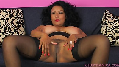 Passionate latina MILF hot xxx scene