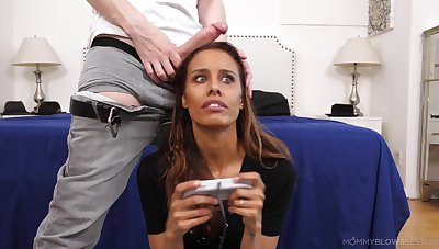 Gorgeous Kylie Le Beau plays games while sucking a large Hawkshaw