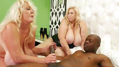 Age-old BBW matures share BBC in amateur interracial threesome - fat ass & organism tits