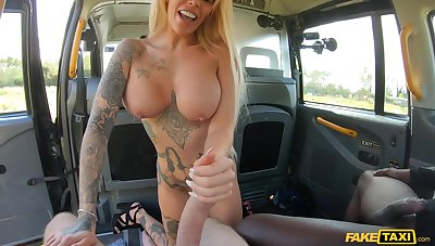 Tattooed British Mom Alice Connected with Taxi Motor car - Interracial DP Threesome Wonderland - Alice Judge