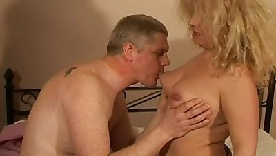 Chubby amateur wife Ember enjoys obtaining fucked to the evening